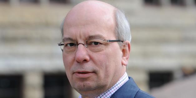 Im Streit um ein Verbot von Kinderehen reagiert nun auch der Chef der deutschen Polizeigewerkschaft Rainer Wendt.