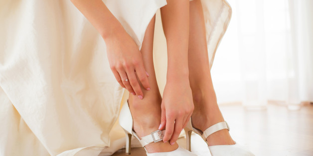 In ihren Schuhen muss eine Braut den ganzen Tag laufen können - deshalb sollten sie so bequem wie möglich sein