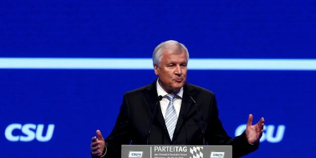 Horst Seehofer spricht am Freitag auf dem CSU-Parteitag in München - im Live-Stream könnt ihr seine Rede sehen