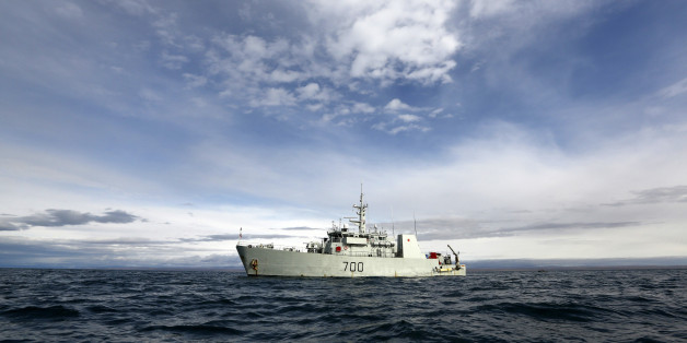 The HMCS Kingston is seen in Eclipse Sound near the Arctic community of Pond Inlet, Nunavut August 24, 2014. Picture taken August 24, 2014. REUTERS/Chris Wattie (CANADA - Tags: POLITICS MILITARY)