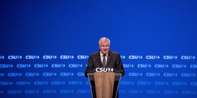 CSU-Parteitag: Viel Einigkeit und überraschender Abgang von Horst Seehofer