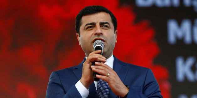 Sieben Personen in Gewahrsam: Türkische Polizei nimmt weitere HDP-Politiker fest
