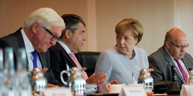 Außenminister Frank-Walter Steinmeier und Bundeskanzlerin Angela Merkel
