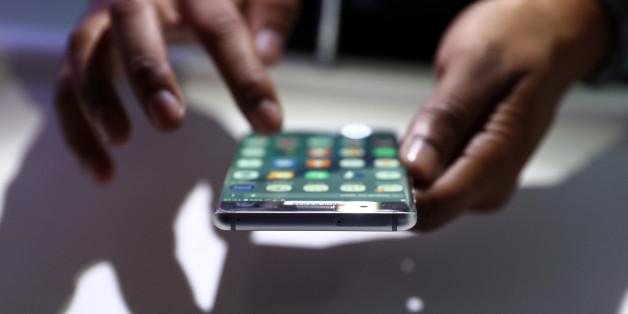 Symbolbild. Bei dem Smartphone des neuesten Vorfall handelt es sich um ein Modell der Reihe Galaxy J5.