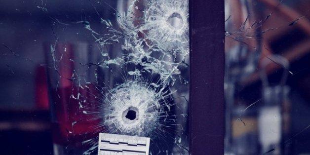 Anti-Terror-Ermittler verdächtigen einen Belgier, Drahtzieher der Anschläge von Paris und Brüssel zu sein