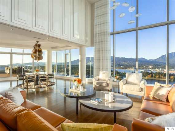 three harbour green penthouse