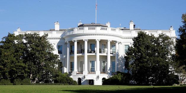The White House is awash with early morning sun on the morning of the U.S. Presidential election in Washington November 8, 2016. REUTERS/Kevin Lamarque