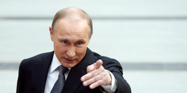 Russlands Präsident Wladimir Putin gratuliert Putin