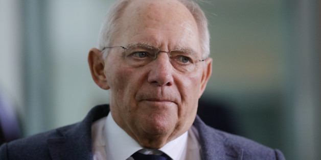 German Finance Minister Wolfgang Schaeuble arrives for the weekly cabinet meeting of the German government at the chancellery in Berlin, Germany, Wednesday, Oct. 19, 2016. (AP Photo/Markus Schreiber)