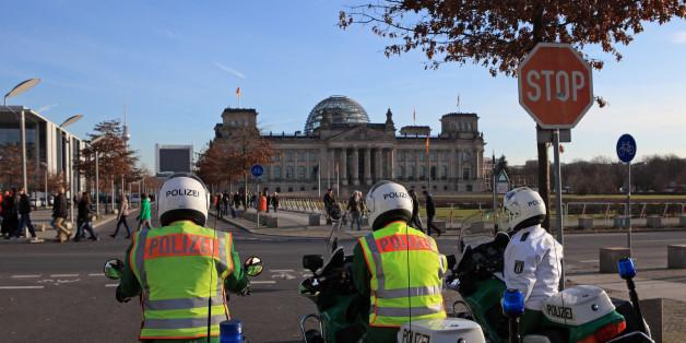 Der Reichstag in Berlin soll das potentielle Ziel eines Terrorverdächtige gewesen sein, der mit dem Islamischen Staat in Verbindung stehen könnte.