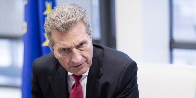 Günther Oettinger sieht sich mit Vorwürfen zu möglichen Verstößen der EU-Ethikregeln konfrontiert