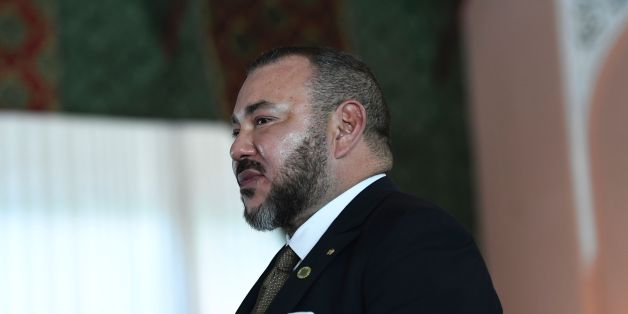 Morocco's King Mohammed VI arrives to attend the official lunch for the opening of the high-level segment of the COP22 Climate Change Conference at the Royal Palace in Marrakesh on November 15, 2016.  / AFP / STEPHANE DE SAKUTIN        (Photo credit should read STEPHANE DE SAKUTIN/AFP/Getty Images)