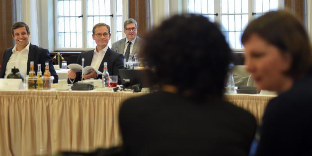 Rot-rot-grüner Koalitionsvertrag in Berlin steht