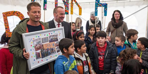 Til Schweiger hat in Osnabrück eine Kita für Flüchtlingskinder eröffnet