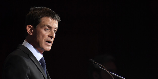 French Prime Minister Manuel Valls delivers his speech at economic forum organized by German newspaper Sueddeutsche Zeitung at the Hotel Adlon in Berlin on November 17, 2016. Valls says 'possible' Le Pen could win in 2017.  / AFP / John MACDOUGALL        (Photo credit should read JOHN MACDOUGALL/AFP/Getty Images)