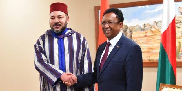 Le roi est arrivé à Madagascar, terre d'exil de Mohammed V