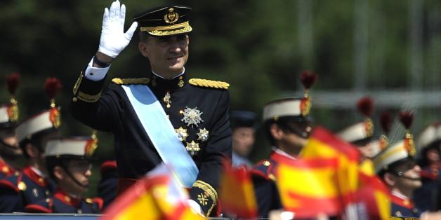 König Felipe VI. in den Straßen Madrids im Juli 2014