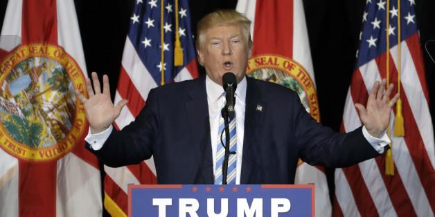 US-Nazis feiern Donald Trump mit Hitlergruß