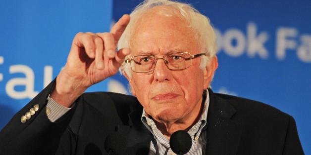 MIAMI, FL - NOVEMBER 19: Bernie Sanders speaks during the 2016 Miami Book Fair at Miami Dade College on November 19, 2016 in Miami Florida. Credit: mpi04/MediaPunch/IPX