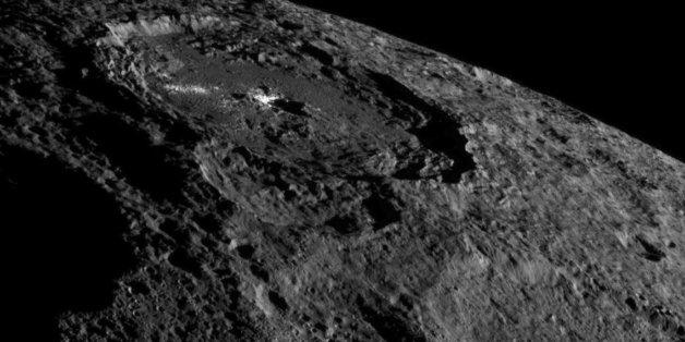 Ceci n'est pas une photo de la Lune