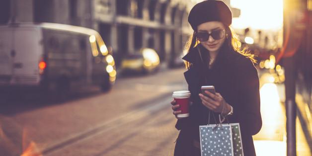 Shoppen am Freitag ist für viele Pflicht - bloß nach was soll man suchen? Black Friday, Red Friday ...