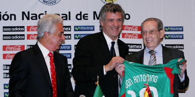 Antonino Fernández (rechts im Bild)