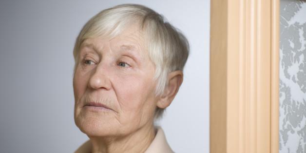 Symbolbild: Betrüger wollen alte Dame ausrauben - doch in ihrem Haus wartet die böse Überraschung