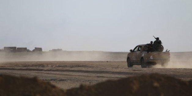Des rebelles syriens portent des symptômes d'attaque chimique de Daesh