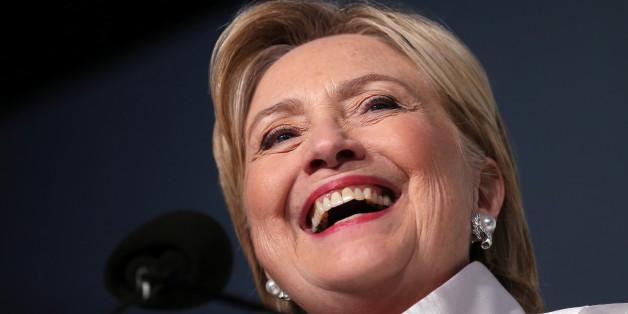 """Das Bundesumweltministerium zahlte Millionen an die """"Clinton Foundation"""""""