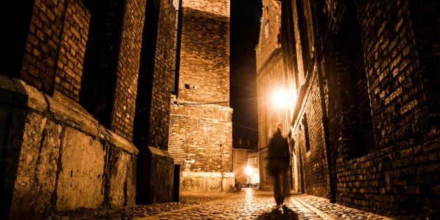"""Zu dem Mythos um """"Jack the Ripper"""" existieren viele Verfilmungen und Bücher, die sich mit der Frage beschäftigen: Wer war der Serienmörder? (Symbolbild)"""