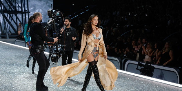 PARIS, FRANCE - NOVEMBER 30:  Irina Shayk walks the runway as The Weeknd performs during the 2016 Victoria's Secret Fashion Show at Le Grand Palais on November 30, 2016 in Paris, France.  (Photo by Taylor Hill/WireImage)