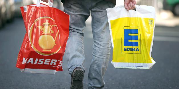 Einkaufstüten von Kaiser's Tengelmann und Edeka