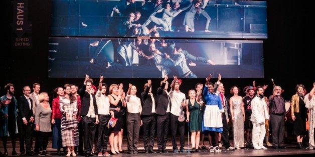Rassistische Angriffe auf Schauspieler in Österreich - Theater reagiert mit eindringlichem Appell