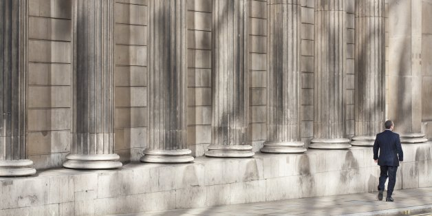 United Kingdom, London, City, Bank of England, founded in 1694, a building erected in the 18th century by British architect Sir John Soane, and which was largely remodeled in the 20th century by Sir Herbert Baker