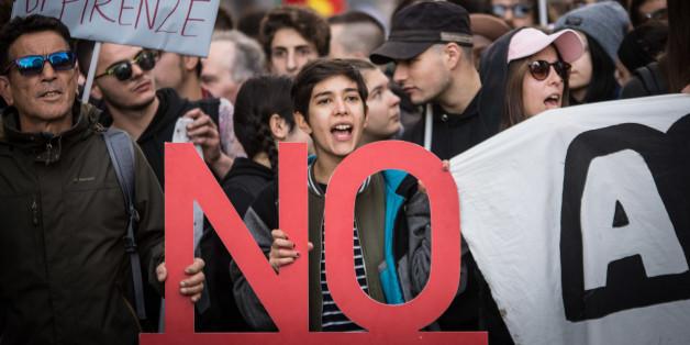Gegner des Referendums bei einer Demonstration in Rom im November