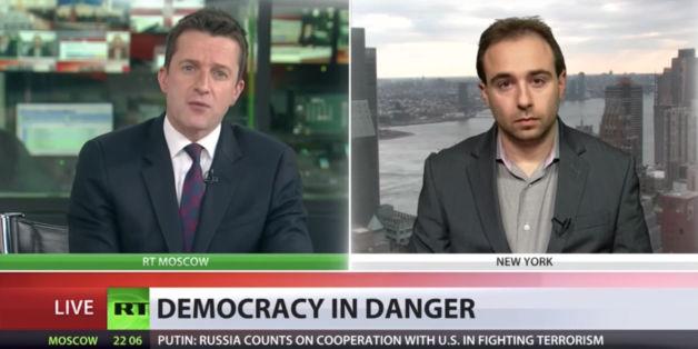 """Der Politikwissenschaftler Yascha Mounk kritisierte in einem Interview mit """"Russia Today"""" Propaganda in der russischen Politik Putins."""