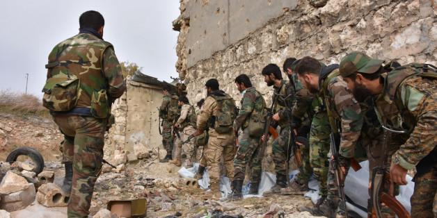 Soldaten der syrischen Regierungsarmee in Aleppo