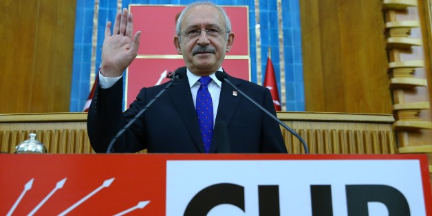 ANKARA, TURKEY - NOVEMBER 29: Kemal Kilicdaroglu, head of the Republican Peoples Party (CHP), gives a speech during the parliamentary group meeting of his party at the Grand National Assembly of Turkey (TBMM) in Ankara, Turkey on November 29, 2016. (Photo by Halil Sagirkaya/Anadolu Agency/Getty Images)