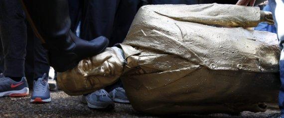 estatua netanyahu