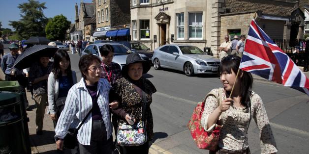 Was suchten hunderte chinesische Touristen im Örtchen Kidlington?