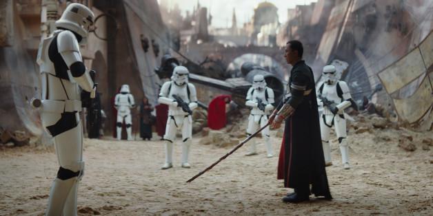 """Das Imperium droht zu triumphieren, doch die Rebellen wollen den Kampf noch nicht aufgeben. """"Rogue One: Star Wars"""" Story ist neu in den Kinostarts der Woche."""