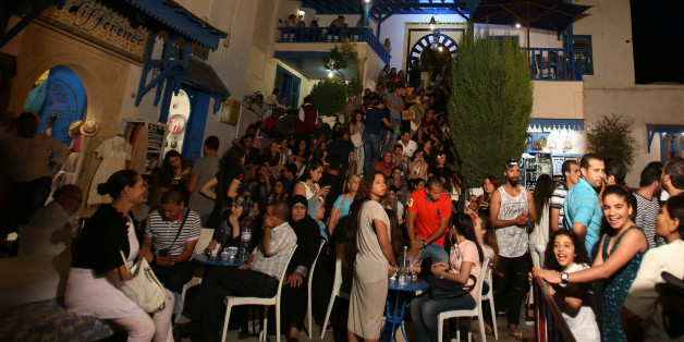 People are seen in a coffee shop during the Muslim fasting month of Ramadan at Sidi Bou Said in Tunis, Tunisia, June 27, 2016. REUTERS/Zoubeir Souissi