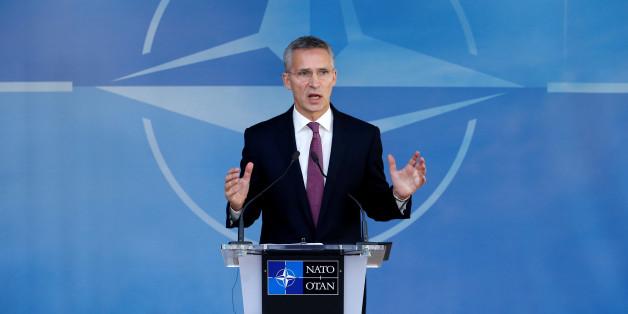 Nato-Generalsekretär Stoltenberg erklärt, warum der Westen Syrien im Stich ließ