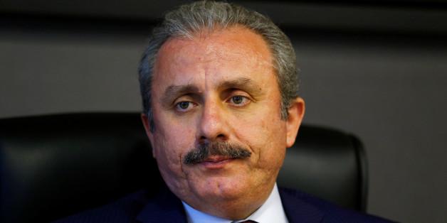 Mustafa Sentop, er leitet die Verfassungs-Kommission im türkischen Parlament