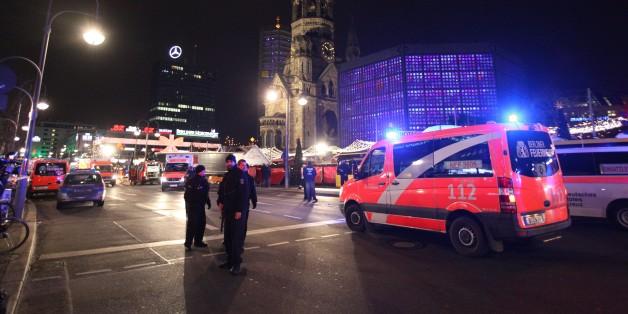 Auf den Berliner Weihnachtsmarkt am Breitscheidplatz raste am Montagabend ein Lkw in die Menschenmenge.