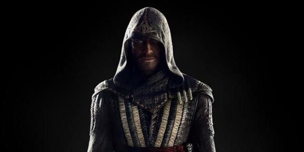 """Callum Lynch tritt mit dem Wissen seiner Vorfahren gegen einen Templerorden an: """"Assassin's Creed"""" ist neu im Kino."""