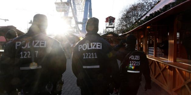 Das wissen wir zwei Tage nach dem Anschlag auf einen Berliner Weihnachtsmann