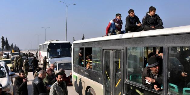 Après l'enfer d'Alep, le calvaire de l'évacuation