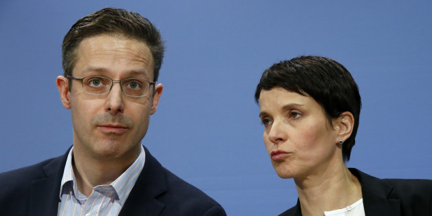 Die AfD Chefin Frauke Petry und der AfD-NRW-Vorsitzende Marcus Pretzell haben geheiratet.