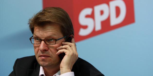 Ralf Stegner fordert Abschiebehaft für Gefährder